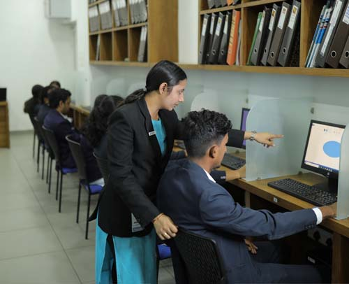 Leaders College BBA & MBA